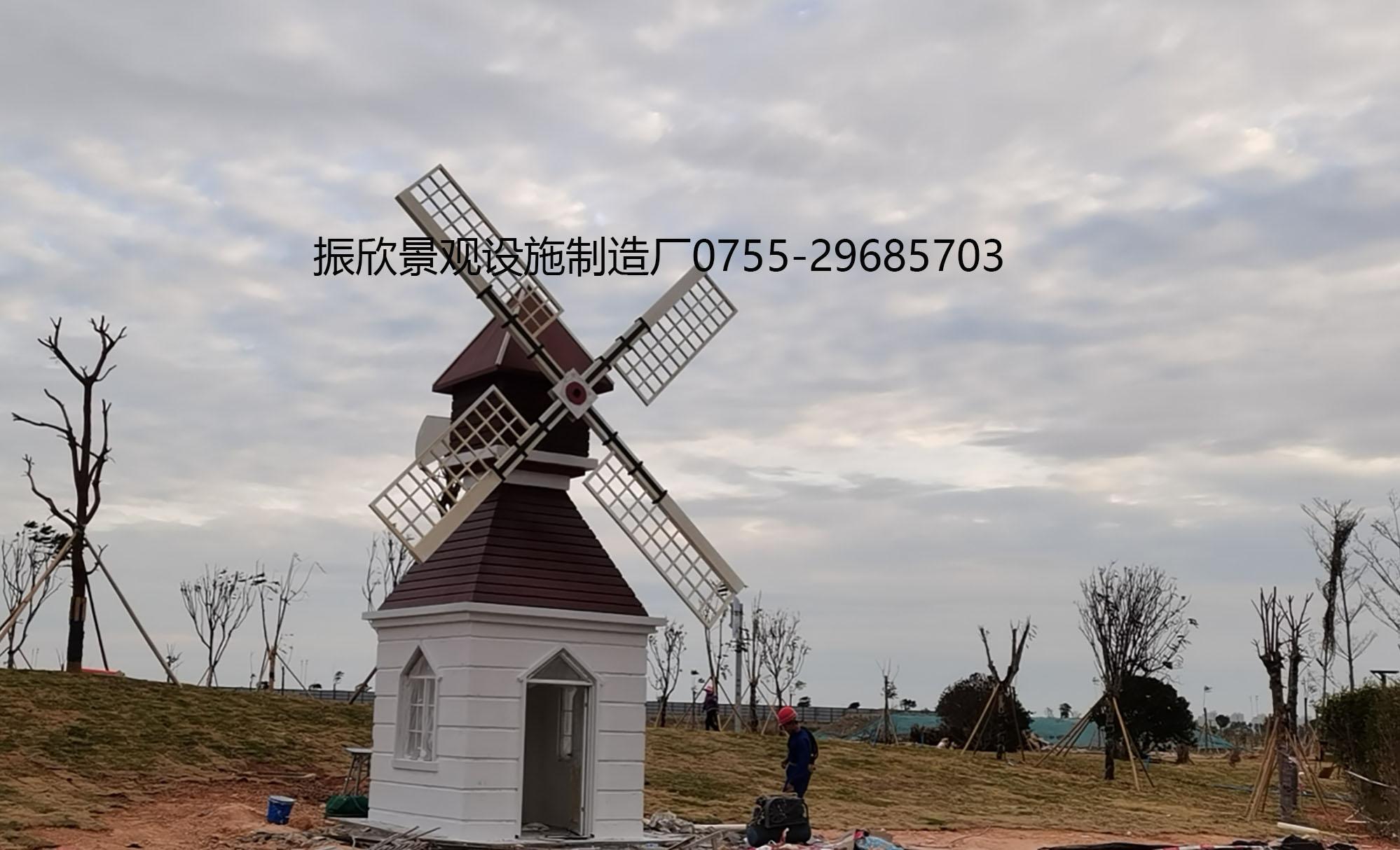 東海岸津灣公園特色趣味風車房(fang)12生辰塔(ta)